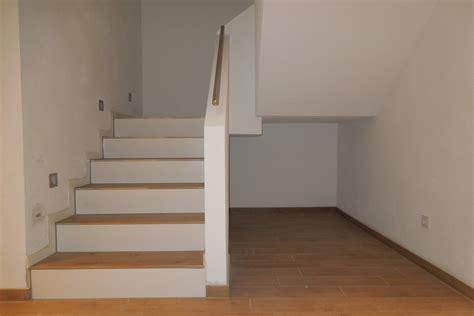 treppenhaus fliesen bilder das fertige treppenhaus baublog wir bauen unser massivhaus