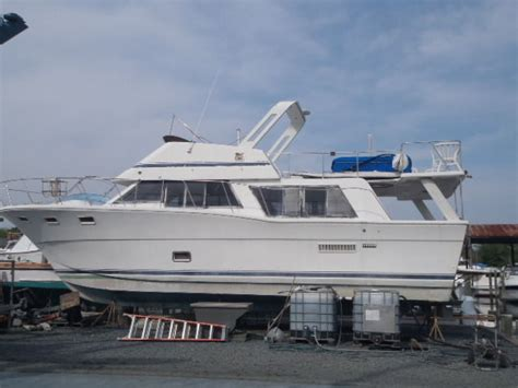 bluewater boats usa bluewater flybridge cruiser 1982 for sale for 14 500
