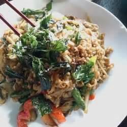 Thai Kitchen Beaverton by Siam Lotus Kitchen Bar Holy Basil Noodles A Must Get If U Pad Thai