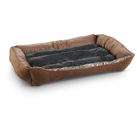 cuddler bed mossy oak 27x36 quot cuddler pet bed 609506 kennels beds at sportsman s guide