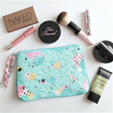 Tas Make Up Layer Pouch Bag everyday is a mixed media abstract makeup bag mini tutorial