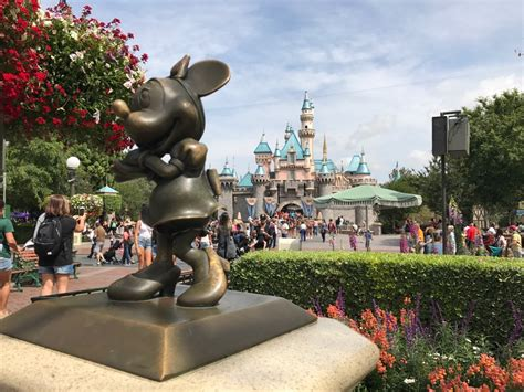 book your 2018 vacation package 2018 disneyland resort vacation packages can be booked