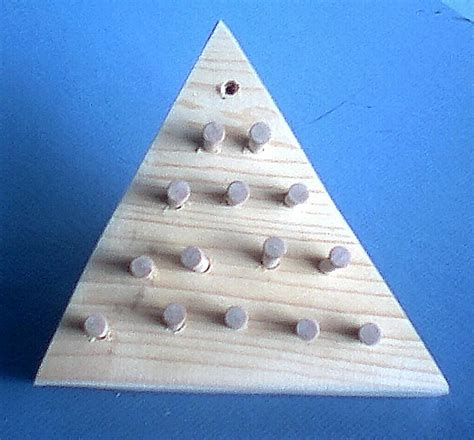 pattern for triangle peg game homestead folk toys new products
