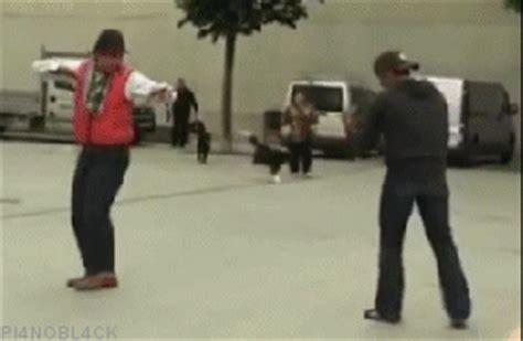 imagenes gif karate se meti 243 grondona brindisi cambi 243 de opini 243 n taringa