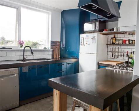 desain wallpaper dapur gambar lemari gantung dapur minimalis desain rumah auto
