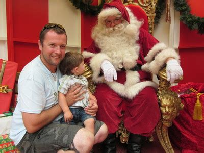 see santa in city square for free melbourne