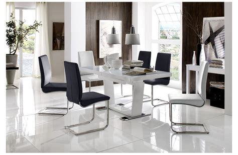 Table Et Chaises De Salle à Manger by Chaise Pour Table De Salle A Manger Madame Ki