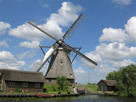 Windmill Sheds by Windmills Distant Sojourns