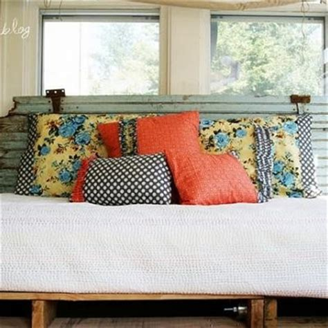 pallet day bed 21 recreation ideas of a pallet daybed beauty freshnist