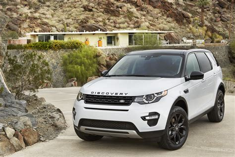 land rover discovery sport 2017 white land rover discovery 2015 black image 35