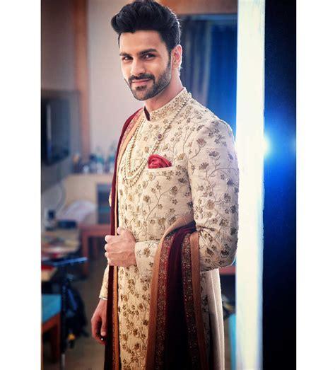 Vivek Dahiya's wedding look for the modern groom