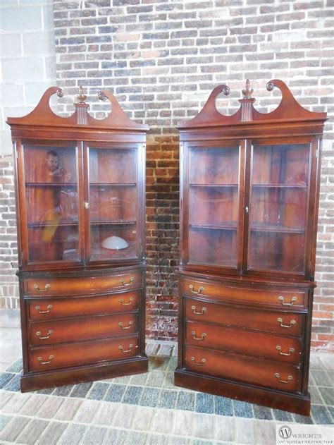 antique corner china cabinet 1000 ideas about corner china cabinets on