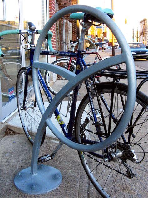 Duro Bike Rack by What Makes A Bike Rack Dero Bike Racks