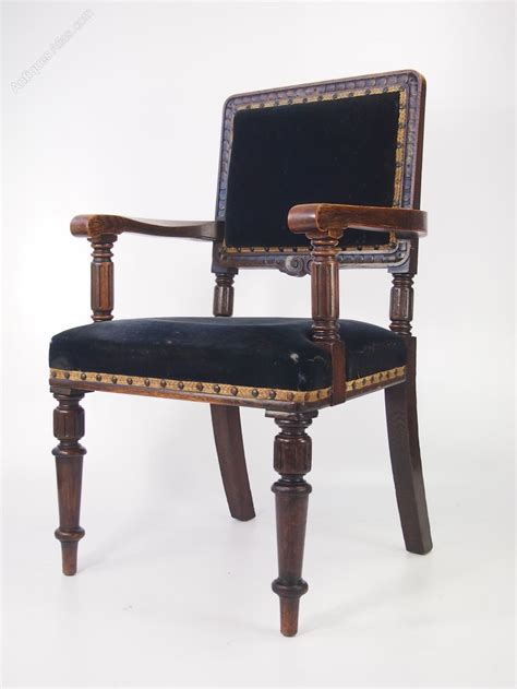 gentlemans armchair gentlemans edwardian oak armchair or desk chair antiques
