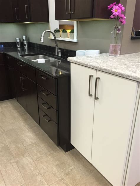 Lg Countertops by Northern Classic Cabinetry Monarch Cherry Espresso Door W