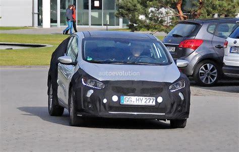 Kia Deutschland Kia To Launch Cee D Based Hatch Trio Autoevolution