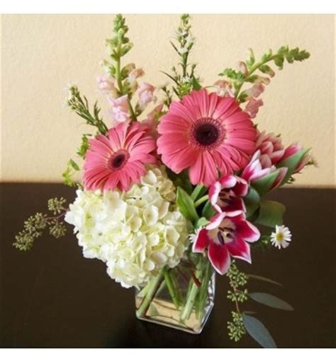 Rectangular Sumer Fresh a contemporary fresh flower arrangement designed