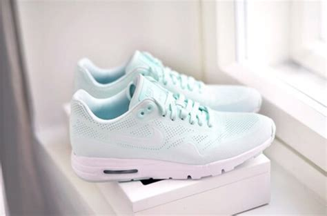 nike air max ultra moire mint green womens ladies trainers