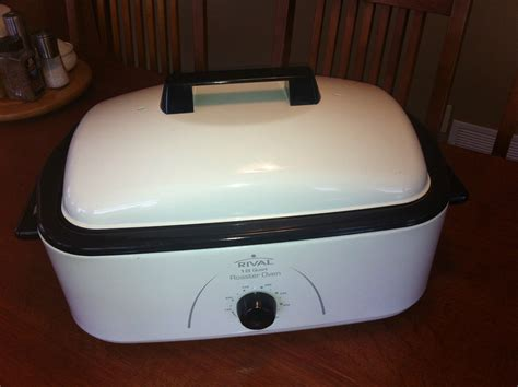 Rival Roaster Oven 18 Quart Capacity Ro180 With Rack 3 Rival Roaster Oven With Buffet Server