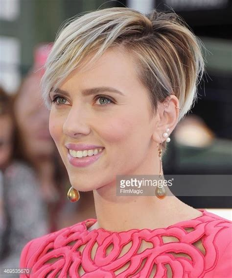 why scarlett johansson cut hair scarlett johansson 2016 haircut google search great