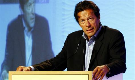 nawaz sharif 2016 imran khan tells party workers to prepare for showdown