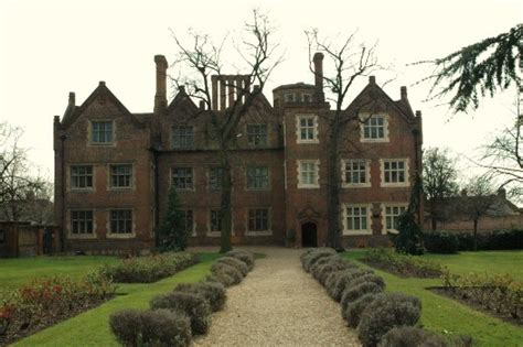manor haunted house ghostly eastbury manor house haunted earth s ghost world