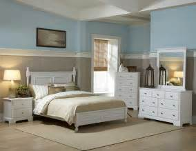 loving white furniture the two toned walls