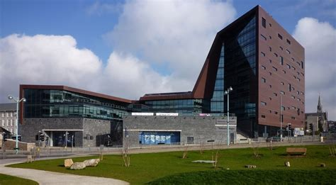 plymouth dentistry entry requirements 20 iconic building designs in the uk