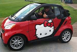 chargers dt antonio garay drives kitty smart car bso