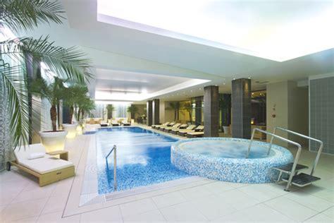 wellnessbereich zuhause rosige zeiten schwimmbad zu hause de