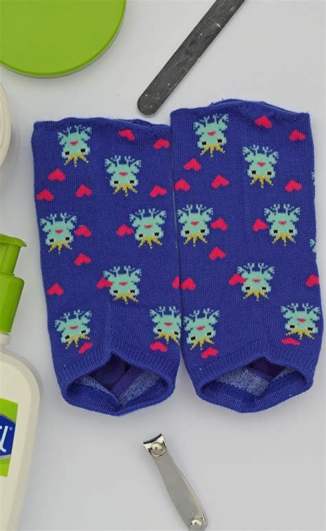 diy pedicure socks diy pedicure socks
