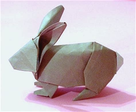 Paper Folding Rabbit - origami zoo by robert j lang and stephen weiss book