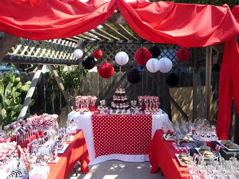 minnie mouse backyard party honeycomb events design the house of minnie mouse