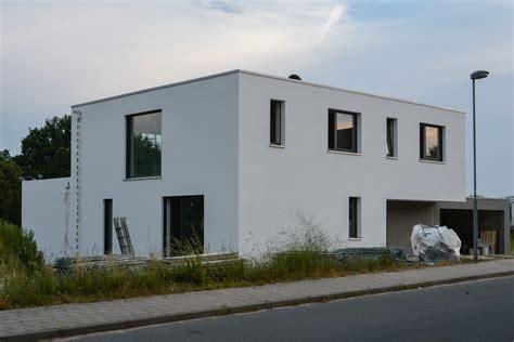 flachdachhaus mit garage stein auf stein 187 das haus
