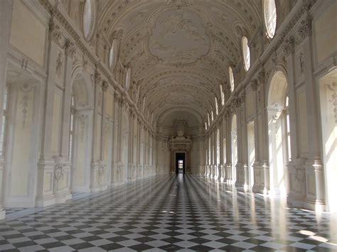 ingresso reggia di venaria regge in italia gita alla venaria reale postinelmondo