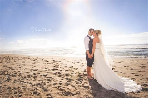 Beach Wedding Photographers: Oregon Coast » Sarah Costa