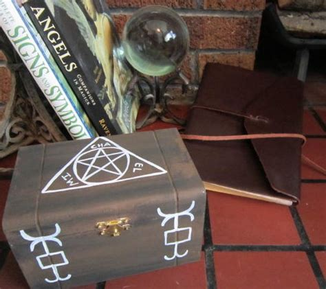 supernatural diy crafts diy supernatural inspired box by elven artist via flickr supernatural