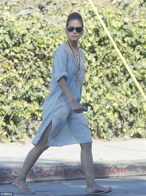 Get Halle Berrys Summery Sandals by Halle Berry Keeps It Simple In Tunic Dress And Sandals