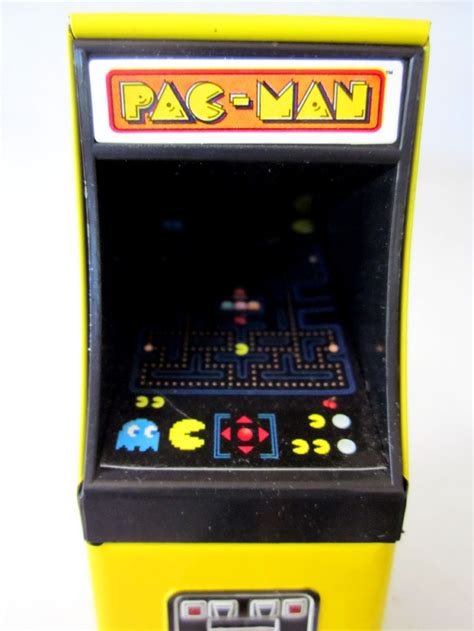 pac man arcade this pac man arcade candy tin has lots of detail in