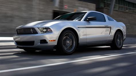Mustang Automatic Vs Manual Transmission by 2012 Mustang V6 Automatic Vs Manual Download Free Apps