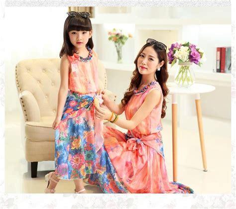 mother dresses son as daughter at bigcloset mother daughter dresses bohemian mother and daughter