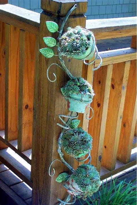 Ideas To Decorate Garden Garden Decorations Made From Junk Garden From Trash Metal Garden Outdoor