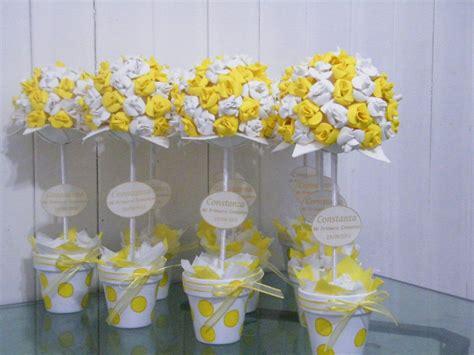 topiarios flores goma souvenirs centros de mesa 55 00 fofuchas y otros de goma