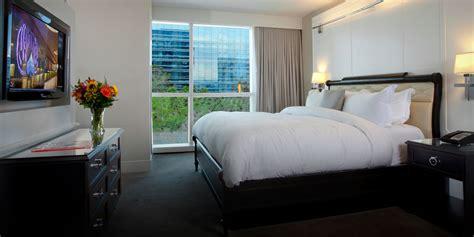 3 bedroom suites in las vegas strip 3 bedroom suites in las vegas guestroom showing item 6 of