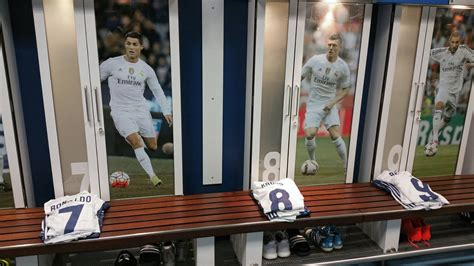 Is Back Room Real by Look Who S Back For Real Madrid Against Osasuna