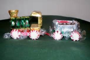 Candy train christmas craft for kids a mama s corner of the world