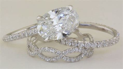 Best 25  Oval diamond ideas on Pinterest   Oval wedding