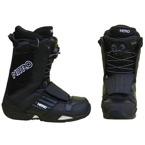 boot occasion boots occasion de snowboard nitro noir et blanc