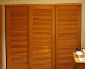 Wooden Closet Doors Wooden Sliding Wardrobe Doors Doors