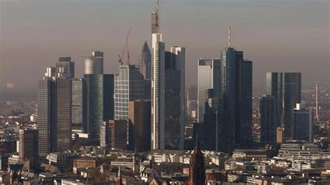 sitz deutsche bank deutsche bank droht rekordstrafe im libor skandal